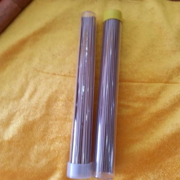 Nhang Trầm không tăm ống nhựa vàng